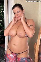 Brunette & Big breasted In Kentucky