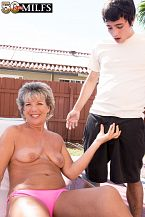 Constance, 52, bonks a 23-year-old